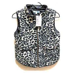 🎉NWT🎉 Grey Leopard Vest